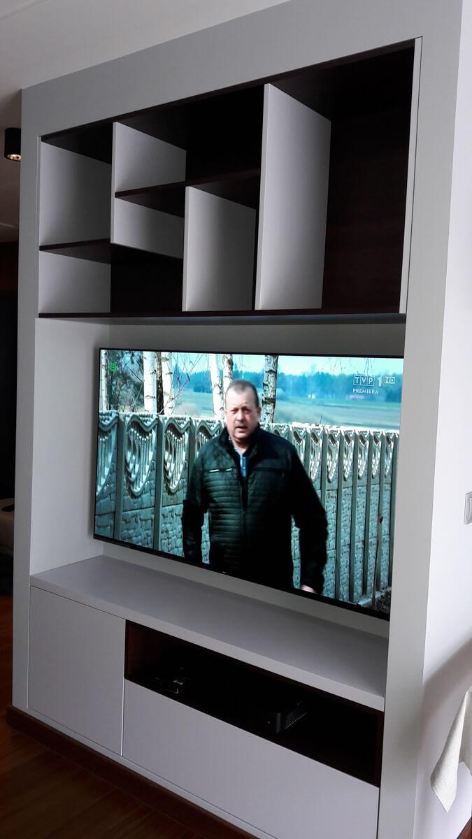 https://www.klimaty-mebli.pl/wp-content/uploads/2019/11/klimaty-mebli-komody-na-zamowienie-14.jpg